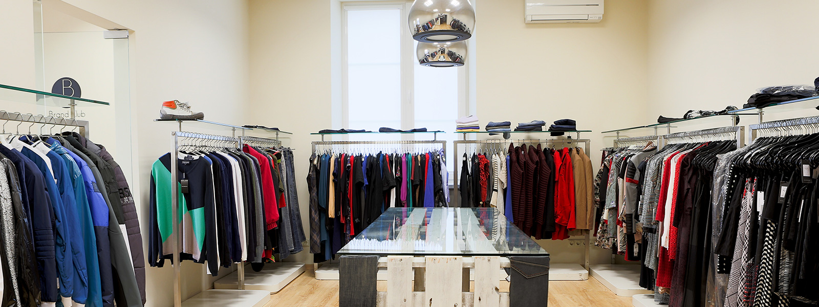 VISIT OUR 5,000 SQ FT SHOWROOM OF PREMIUM WHOLESALE FASHION